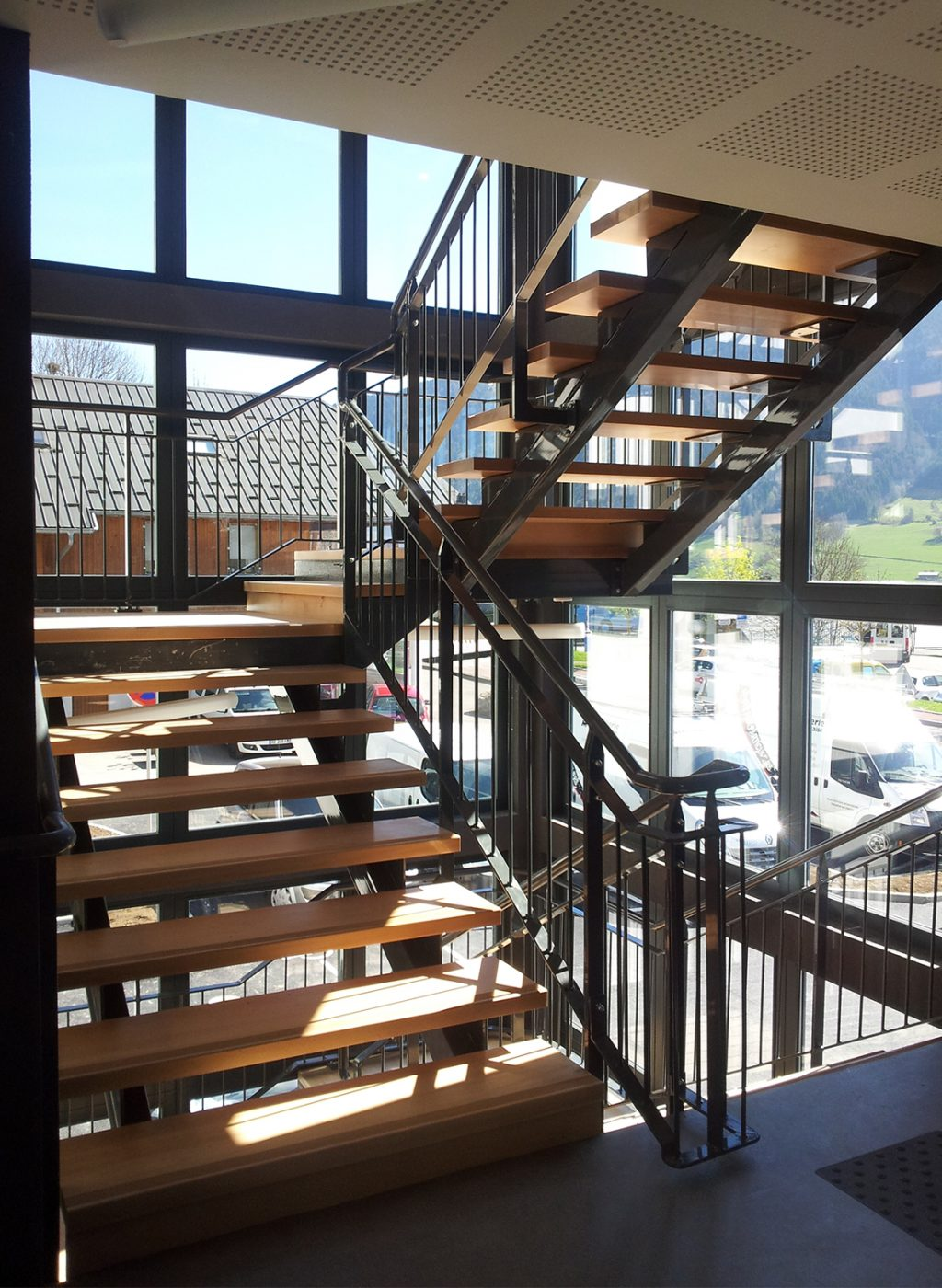 PHOTO 02 escalier int 1080 x 1500