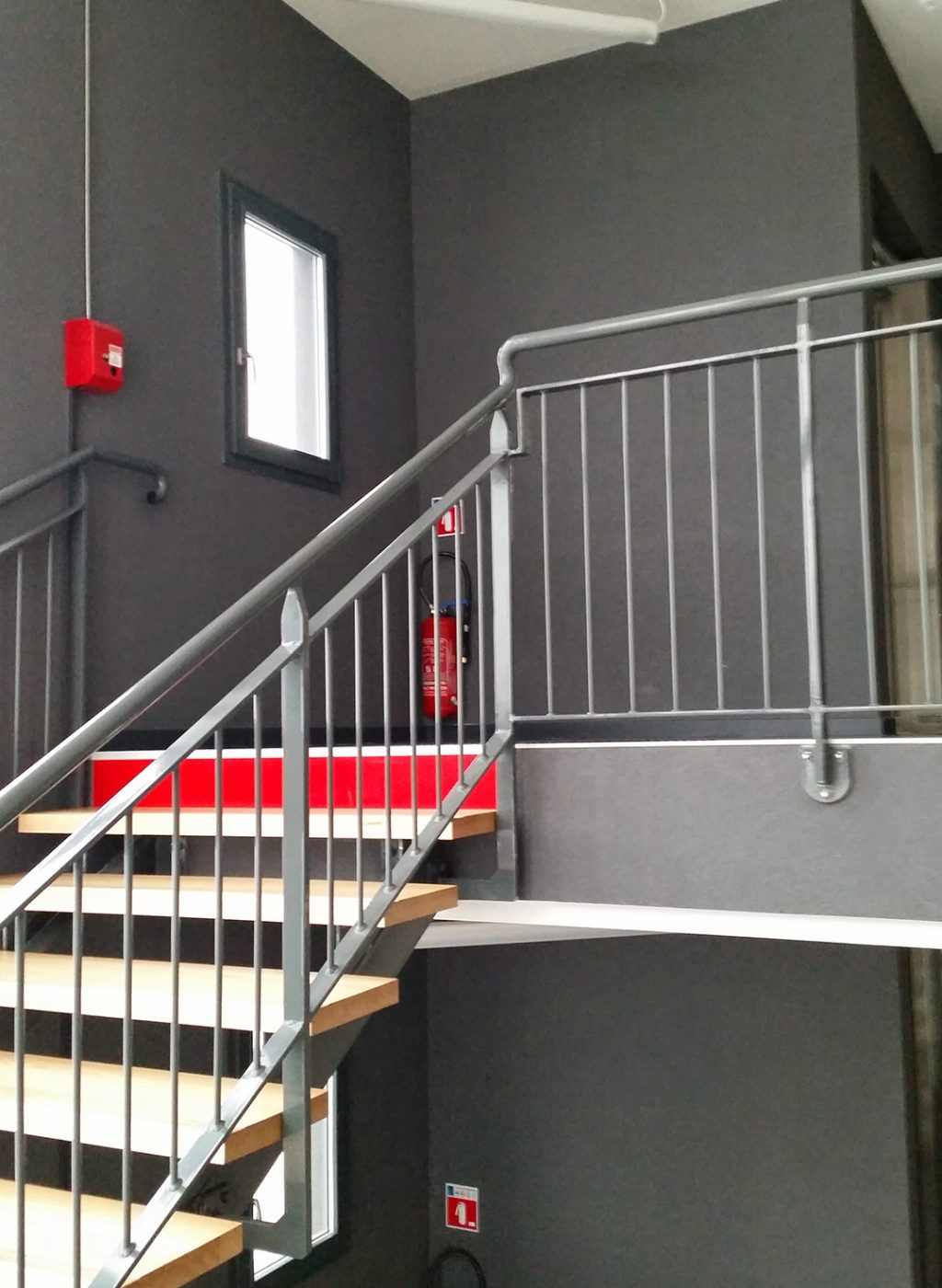 PHOTO 03 cage escalier 1080 x 1500