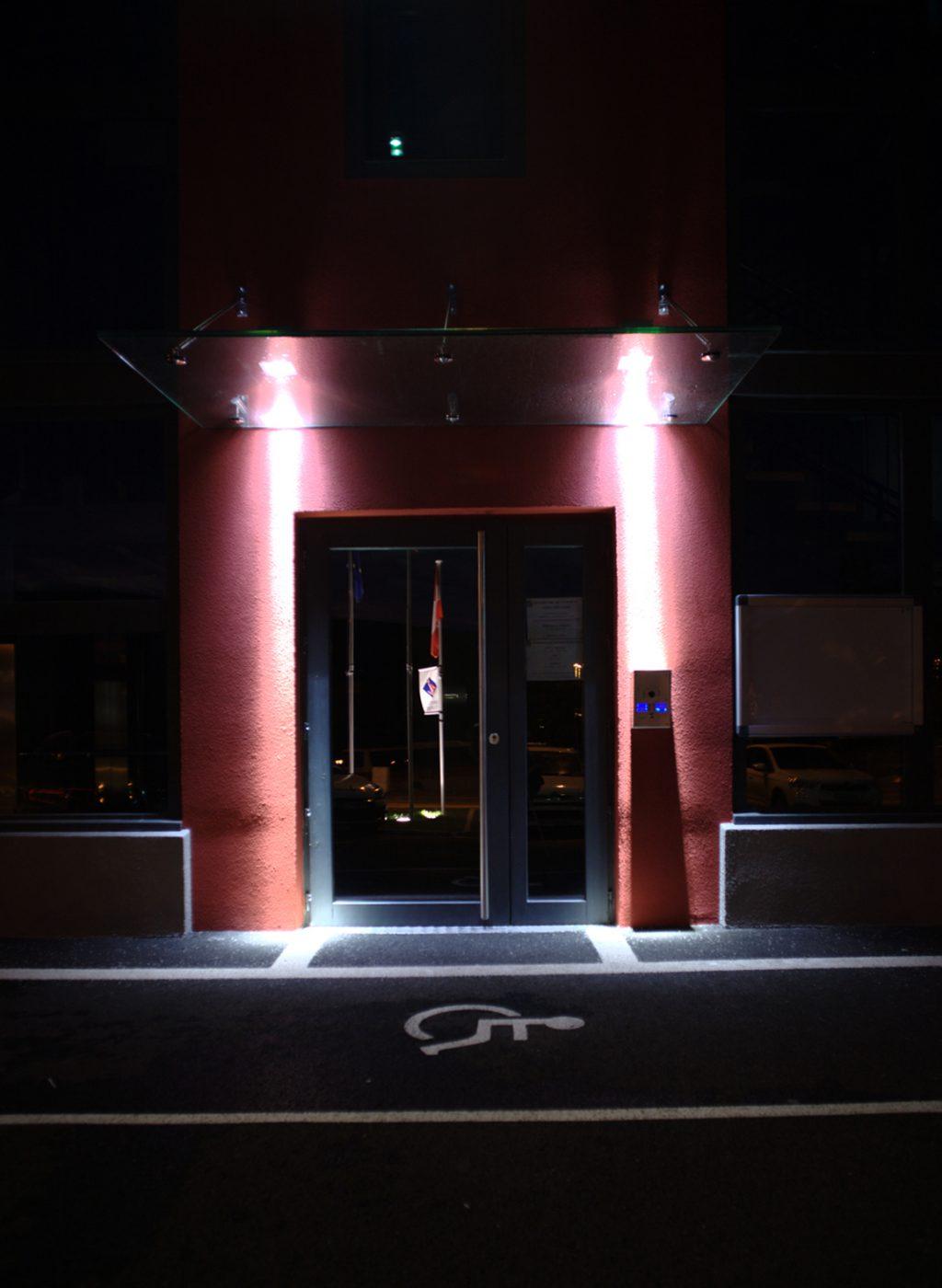 PHOTO 12 entrée de nuit 1080 x 1500